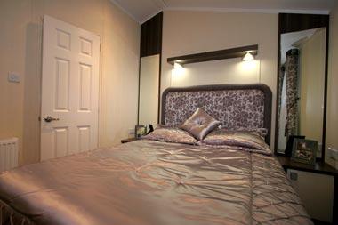 thumbnail_master-bedroom